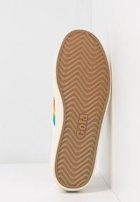 Gola - COASTER RAINBOW - Sneakersy niskie - offwhite - 6