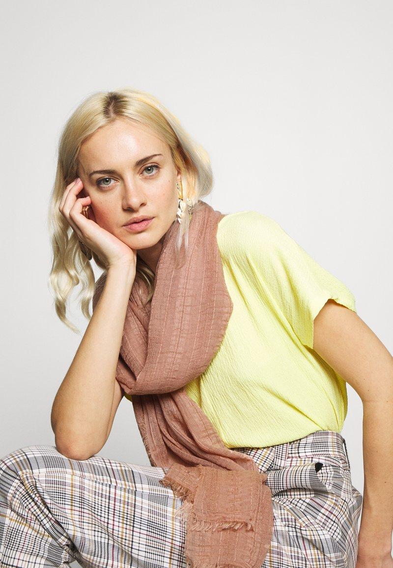 Zign - Sjal - pink