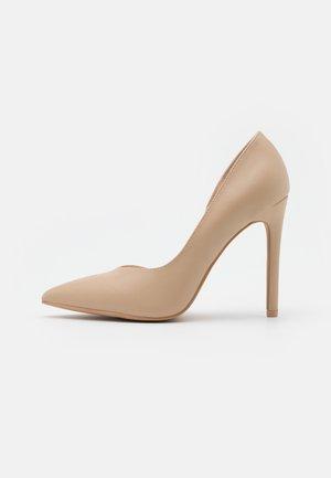 WIDE FIT PIETRA - Høye hæler - nude