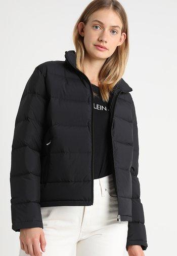 LIGHT SHORT PUFFER - Down jacket - black