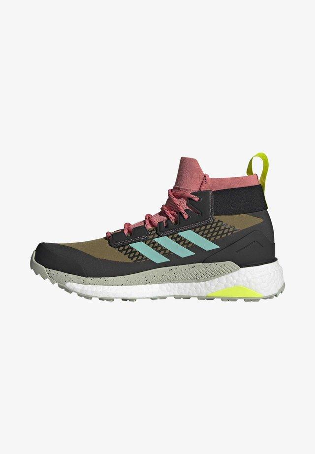 TERREX FREE HIKER GORE-TEX WANDERSCHUH - Chaussures de marche - khaki