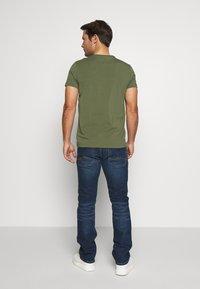 Mustang - MICHIGAN - Straight leg jeans - denim blue - 2