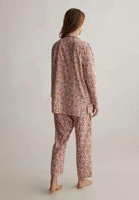 OYSHO - Pyjamahousut/-shortsit - rose - 2
