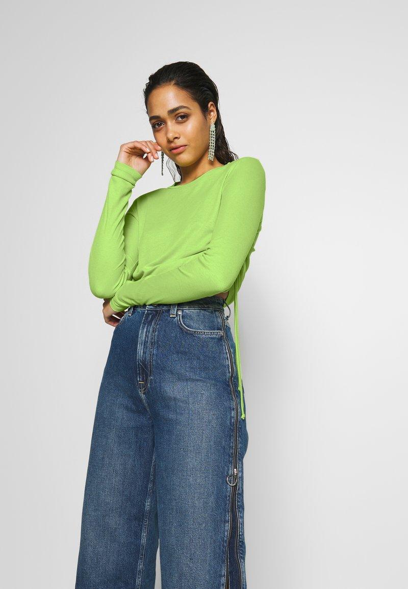 Pepe Jeans - DUA LIPA X PEPE JEANS  - Camiseta de manga larga - lime