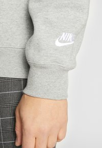 Nike Sportswear - Collegepaita - dark grey heather/white - 3