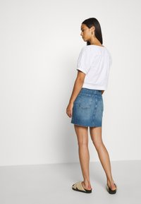 Gina Tricot - VINTAGE SKIRT - Denim skirt - mid blue - 2