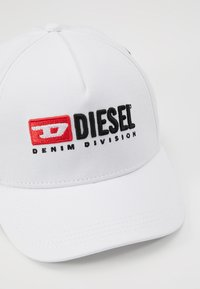 Diesel - FAKERYM - Lippalakki - bianco - 2