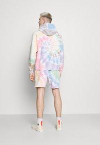 Abercrombie & Fitch - PRIDE - Shorts - multi coloured - 2
