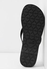 Love Moschino - T-bar sandals - nero - 6