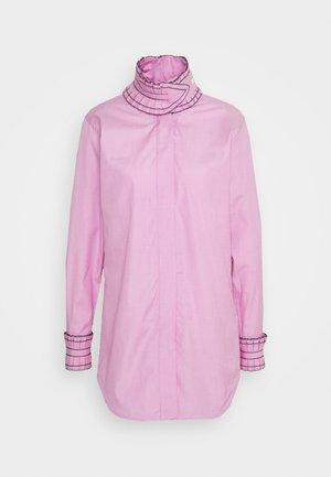 RUFFLE SHIRT - Button-down blouse - pink/white