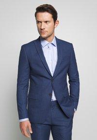 Ben Sherman Tailoring - BRIGHT FLECK SUIT SLIM FIT - Kostym - blue - 2