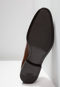 Azzaro - SAGNIER - Smart lace-ups - cognac - 4
