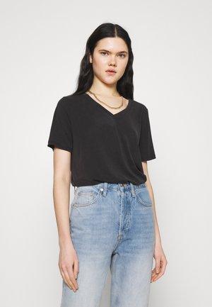 COLUMBINE OVERSIZE  - Basic T-shirt - black