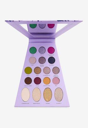 REVOLUTION X BRATZ DOLL PALETTE  - Eyeshadow palette - yasmin