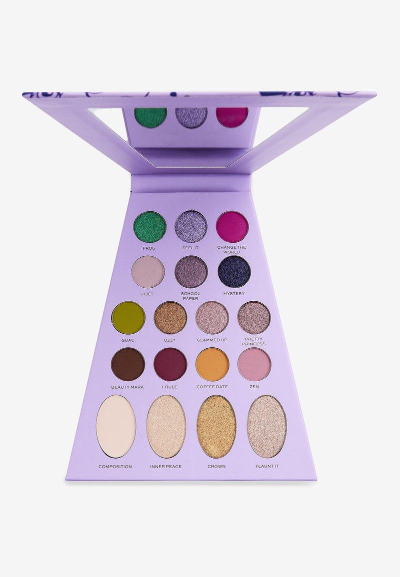 Make up Revolution - REVOLUTION X BRATZ DOLL PALETTE  - Eyeshadow palette - yasmin