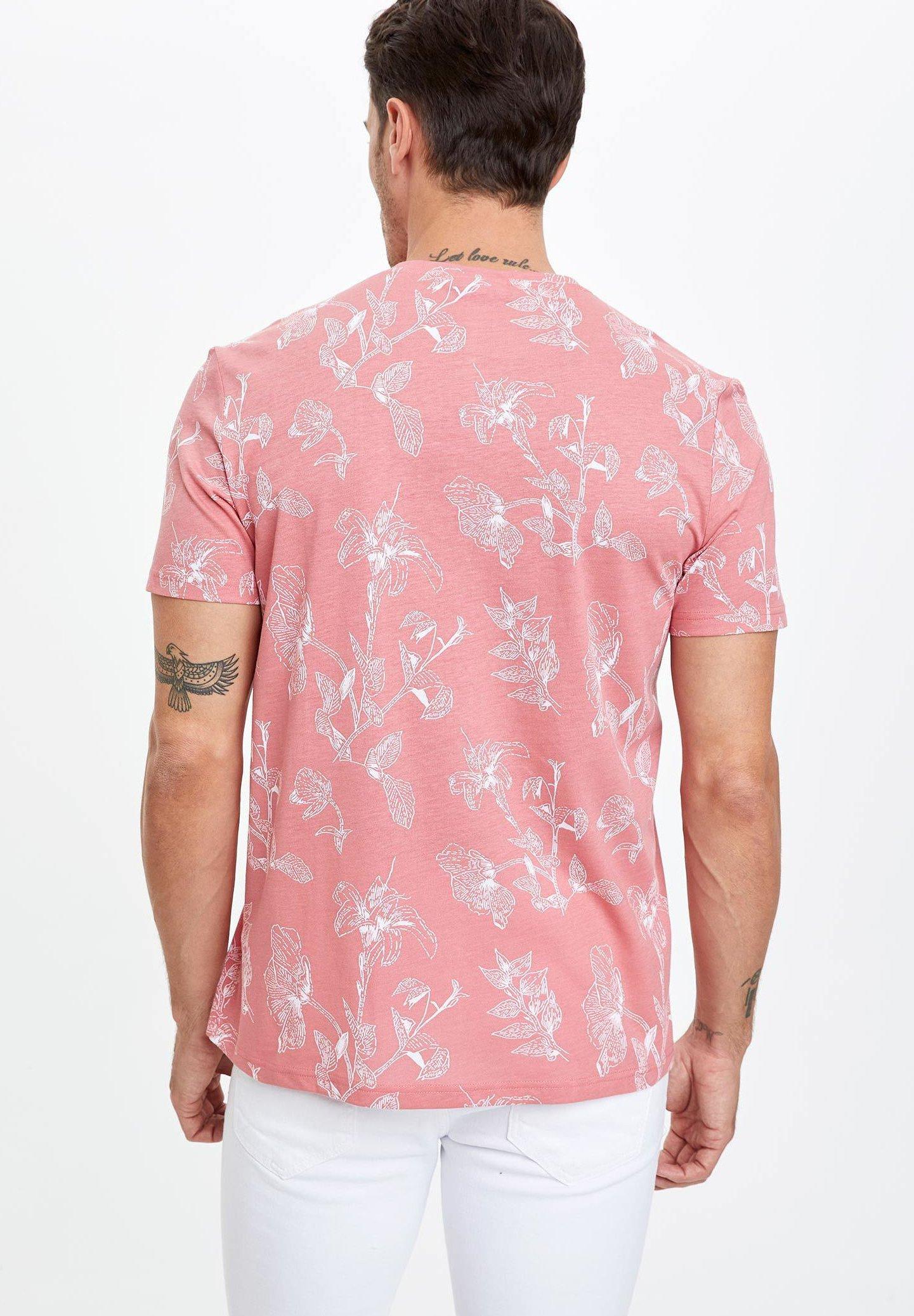 DeFacto Print T-shirt - pink MPaTi