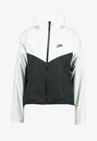 Nike Sportswear - Chaqueta de entrenamiento - white/black - 4