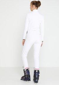 Colmar - LADIES PANTS - Spodnie materiałowe - white - 2
