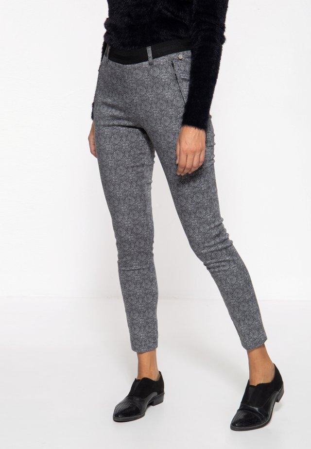 Trousers - gemustert