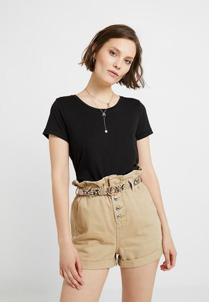 LUNA - Basic T-shirt - black