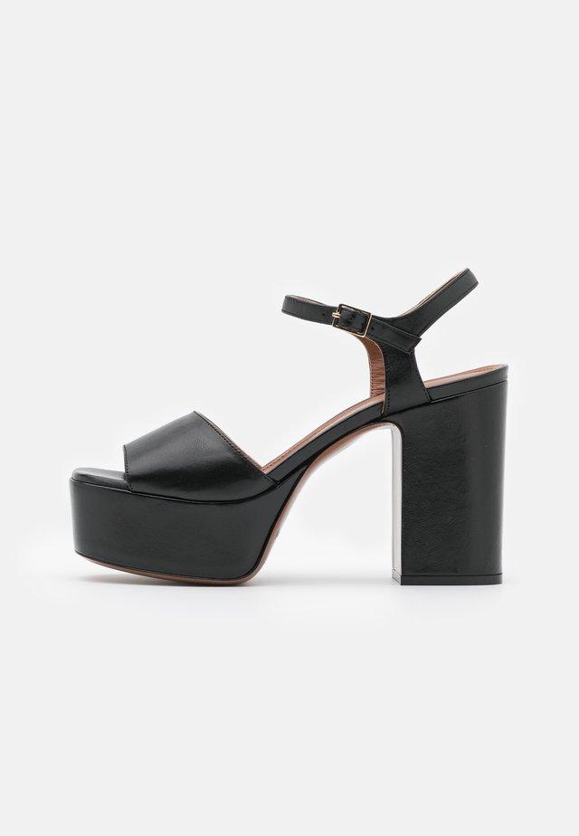 PLATFORM  - Korkeakorkoiset sandaalit - black