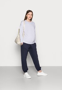 Missguided Maternity - Tracksuit bottoms - navy - 1