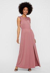 Vero Moda - Maxi dress - Mesa Rose - 0