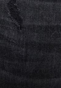 PULL&BEAR - PREMIUM-KAROTTENJEANS MIT ZIERRISSEN 05684525 - Jean slim - mottled light grey - 5