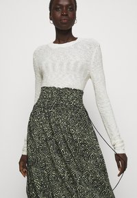 Proenza Schouler White Label - PRINTED TIE WAIST SKIRT - A-line skirt - black/spanish moss - 3