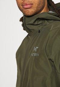 Arc'teryx - BETA LT JACKET MENS - Giacca hard shell - dark green - 3