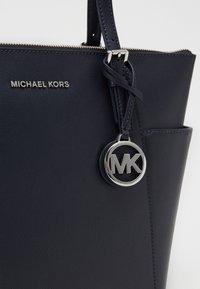 MICHAEL Michael Kors - JET SET - Handbag - admiral - 5