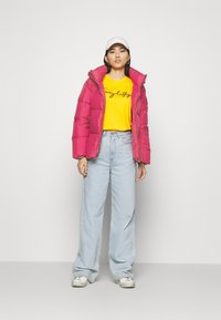 Tommy Hilfiger - PUFFY HOODED - Doudoune - royal magenta - 1