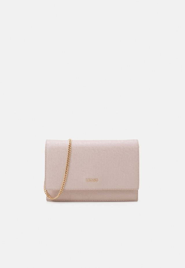 CROSSBODY - Pochette - light gold