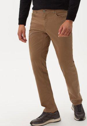 STYLE COOPER FANCY - Jeans Straight Leg - walnut