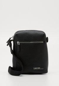 Calvin Klein - REPORTER - Across body bag - black - 0