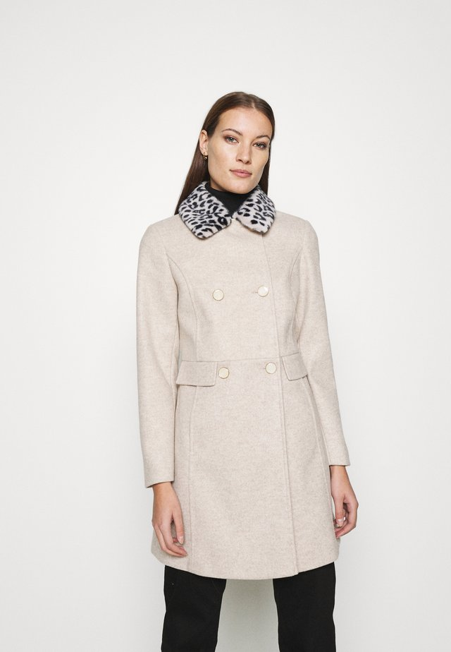 DOLLY COAT - Zimní kabát - camel