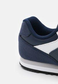 New Balance - YC393TBL-M UNISEX - Sneakers basse - blue - 5