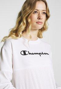 Champion - CREWNECK  - Collegepaita - white - 3