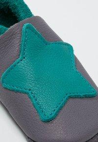 POLOLO - KLEINER STERN  - First shoes - graphit/waikiki - 5