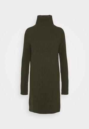ARWENIA - Gebreide jurk - olive