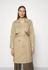 Selected Femme - SLFWEKA - Trenchcoat - cornstalk - 0