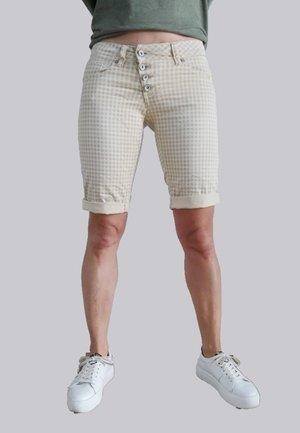 Shorts - sandy vicky