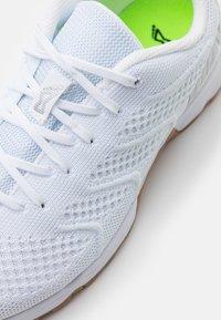 Inov-8 - F-LITE 245  - Sports shoes - white - 5