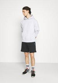 adidas Originals - ABSTRACT - Shorts - black - 1