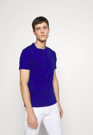 CUSTOM SLIM FIT JERSEY CREWNECK T-SHIRT - T-shirt basic - royal