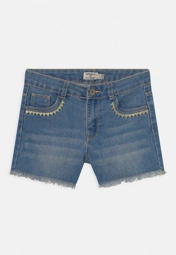 HEARTS - Denim shorts - blue shadow