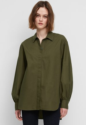GATHERING AT SLEEVE LONGSLEEVE - Button-down blouse - burnished logs