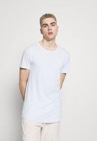 Lee - SHAPED TEE - Basic T-shirt - skyway blue - 0