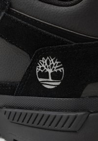 Timberland - FIELD TREKKER - Sneakersy niskie - black - 5
