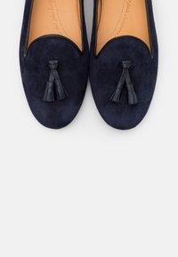 Chatelles - CLASSIC - Nazouvací boty - navy blue - 6